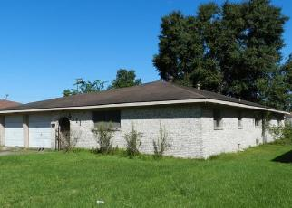 Foreclosed Home in Houston 77016 NOLDALE DR - Property ID: 4314417171
