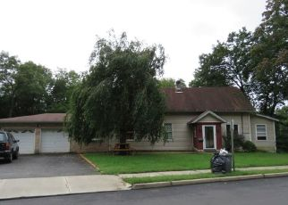 Foreclosed Home in Dover 07801 CURTIS ST - Property ID: 4314622596