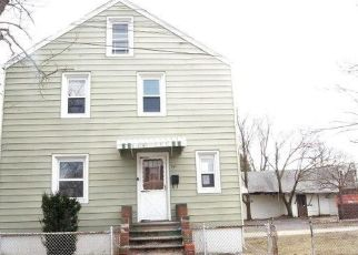 Foreclosed Home in Paulsboro 08066 W MADISON ST - Property ID: 4314643166