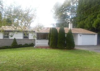 Foreclosed Home in Southampton 18966 ELSIE DR - Property ID: 4314666384