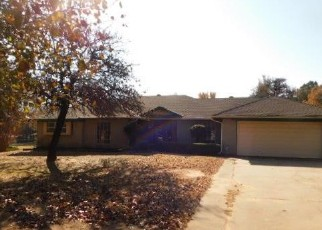 Foreclosed Home in Choctaw 73020 WOODTHRUSH DR - Property ID: 4314714116