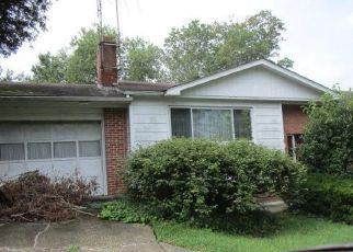 Foreclosed Home in Temple Hills 20748 TEMPLE HILL RD - Property ID: 4314770179