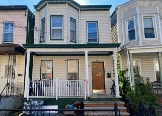 Foreclosed Home in Woodhaven 11421 87TH RD - Property ID: 4314773696