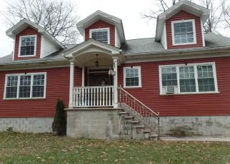 Foreclosed Home in Cortlandt Manor 10567 CHESTNUT ST - Property ID: 4314774121