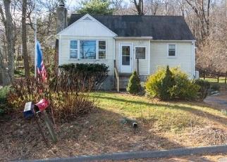 Foreclosed Home in Carmel 10512 BARRETT HILL RD - Property ID: 4314830632