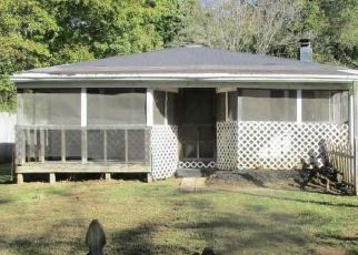 Foreclosed Home in Clarksville 37040 W ROSSVIEW RD - Property ID: 4314918664