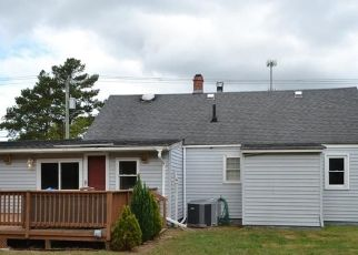 Foreclosed Home in Chesapeake 23320 KEMPSVILLE RD - Property ID: 4314926995