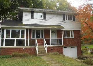 Foreclosed Home in Pittsburgh 15235 SAYBROOK DR - Property ID: 4314979543