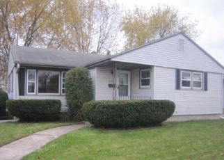 Foreclosed Home in Racine 53404 CONRAD DR - Property ID: 4315004504