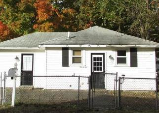 Foreclosed Home in Attleboro 02703 MAJOR ST - Property ID: 4315031207