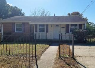Foreclosed Home in Petersburg 23803 HILLSIDE DR - Property ID: 4315034277