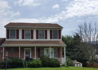 Foreclosed Home in Smithsburg 21783 BYRON DR - Property ID: 4315071513