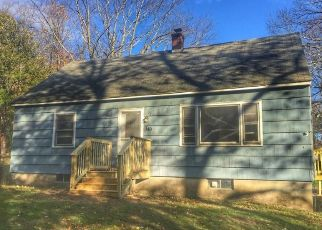 Foreclosed Home in New Hartford 06057 NILES RD - Property ID: 4315076325