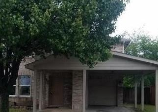 Foreclosed Home in Dallas 75211 VIA SAN ANTONIO - Property ID: 4315080267