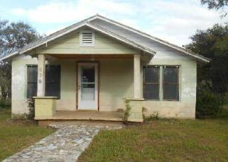 Foreclosed Home in Mason 76856 S PECAN ST - Property ID: 4315087271