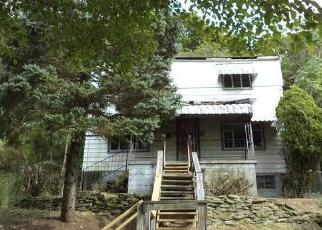 Foreclosed Home in Pittsburgh 15214 LETSCHE ST - Property ID: 4315104360