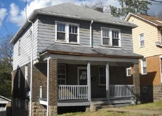 Foreclosed Home in Pittsburgh 15221 AVENUE F - Property ID: 4315119245