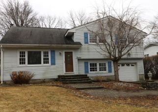 Foreclosed Home in Lake Hopatcong 07849 COMMODORE DR - Property ID: 4315182316