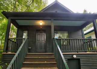 Foreclosed Home in Seattle 98122 25TH AVE - Property ID: 4315216485