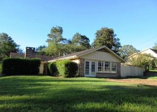 Foreclosed Home in Nacogdoches 75965 GRANITE HILL ST - Property ID: 4315234891