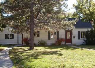 Foreclosed Home in Mitchell 57301 MITCHELL BLVD - Property ID: 4315330804