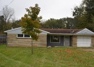 Foreclosed Home in Ashland 44805 SHERMAN AVE - Property ID: 4315370201
