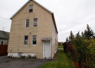 Foreclosed Home in Buffalo 14207 MILITARY RD - Property ID: 4315404371
