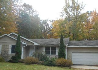 Foreclosed Home in Ludington 49431 W DEWEY RD - Property ID: 4315496344