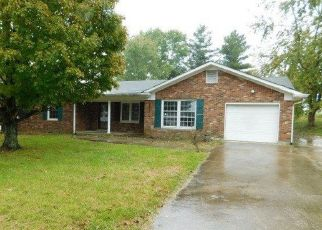 Foreclosed Home in Lawrenceburg 40342 CARLTON DR - Property ID: 4315536194