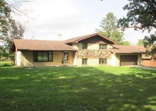 Foreclosed Home in Crete 60417 E BURVILLE RD - Property ID: 4315613731