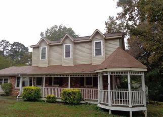Foreclosed Home in Lithia Springs 30122 TRALEE DR - Property ID: 4315625103