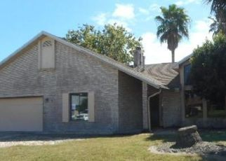 Foreclosed Home in Edgewater 32141 MEADOW LAKE DR - Property ID: 4315642636