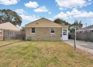 Foreclosed Home in Franklin Park 60131 REUTER ST - Property ID: 4315803364