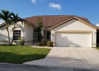 Foreclosed Home in Estero 33928 BALI LN - Property ID: 4315935639