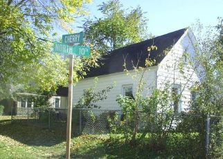 Foreclosed Home in Quincy 62301 N 10TH ST - Property ID: 4315973295