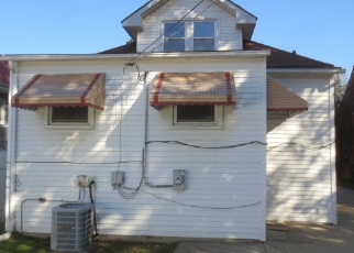Foreclosed Home in Maywood 60153 S 22ND AVE - Property ID: 4315990826