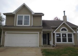 Foreclosed Home in Spring Hill 66083 S RACE ST - Property ID: 4316049509