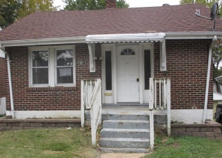 Foreclosed Home in Saint Louis 63114 ROY AVE - Property ID: 4316096819