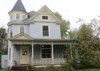 Foreclosed Home in Oneida 13421 SENECA ST - Property ID: 4316142355