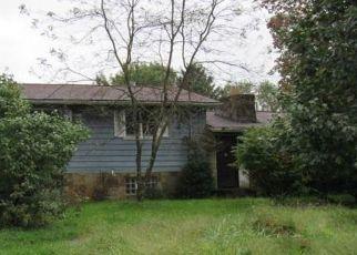 Foreclosed Home in Wellsburg 26070 GENTEEL RIDGE RD - Property ID: 4316238268