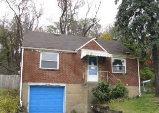 Foreclosed Home in Pittsburgh 15235 HARDWOOD RD - Property ID: 4316259743