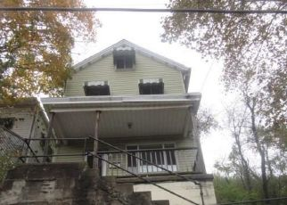 Foreclosed Home in Glassport 15045 IOWA AVE - Property ID: 4316284254
