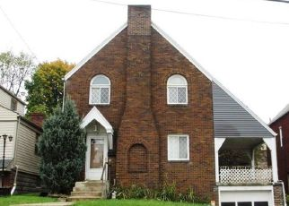 Foreclosed Home in Pittsburgh 15227 DALEWOOD ST - Property ID: 4316295206