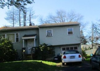 Foreclosed Home in Langhorne 19047 N HAWTHORNE AVE - Property ID: 4316298725
