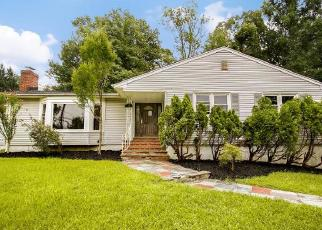 Foreclosed Home in Livingston 07039 WYCHWOOD RD - Property ID: 4316317101