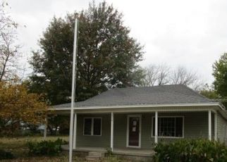 Foreclosed Home in Pryor 74361 S WHITAKER ST - Property ID: 4316359599