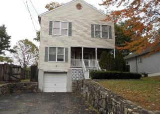 Foreclosed Home in Darien 06820 BROOKSIDE DR - Property ID: 4316437550