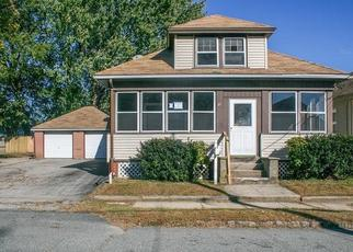 Foreclosed Home in Cranston 02910 CADILLAC AVE - Property ID: 4316438427