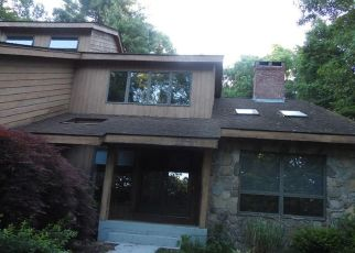 Foreclosed Home in Glastonbury 06033 GRANDVIEW DR - Property ID: 4316461644