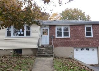 Foreclosed Home in Yonkers 10710 BRANDT TER - Property ID: 4316488357